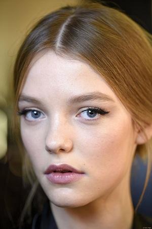 yarım eyeliner