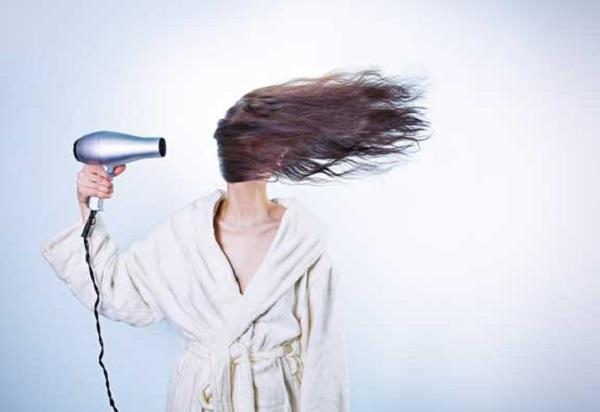 saçlara fön uygulamanın zararları