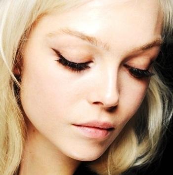 ince eyeliner nasıl uygulanır