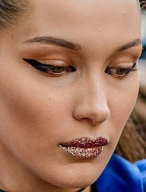 Bella Hadid Eyeliner